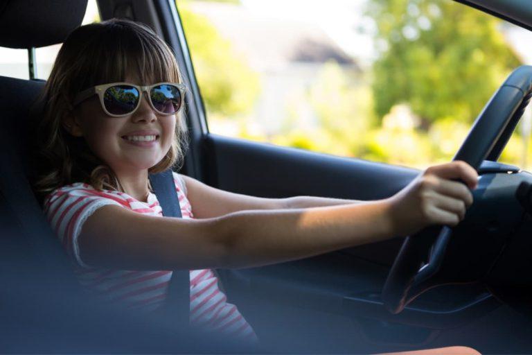 Уроки вождения для детей